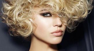 Какую прическу можно сделать на короткие пушистые волосы в 2017 году
