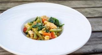 Как потушить нут с семгой, овощами и карри