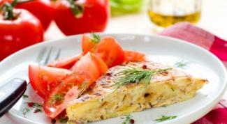 Как приготовить испанский омлет на завтрак