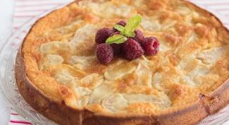 Как испечь пирог с яблоками и грушами