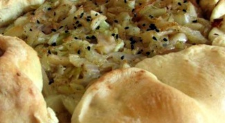How to cook Ossetian pie with cabbage and mushrooms