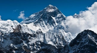 Which mountain is the highest in the world