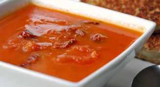 How to cook cold soup with tomato juice