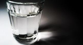 Как использовать водку не по назначению