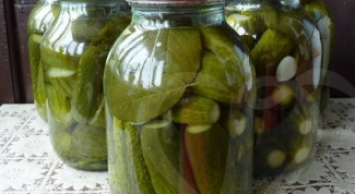 How long can you store canned pickles