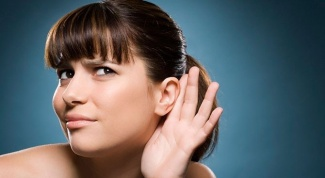 Как избавиться от серной пробки в ухе