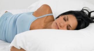 Спать без подушки вредно или полезно