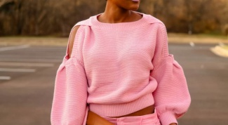 What color goes pink in clothes