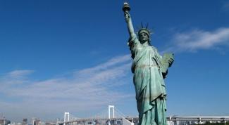 В какую сторону смотрит Статуя Свободы США