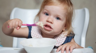 Сколько должен съедать за обедом годовалый ребенок