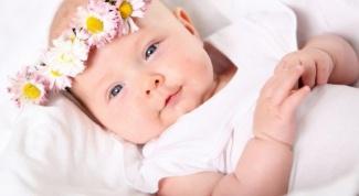 Что подарить ребенку на 1 месяц