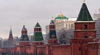Сколько башен у Московского Кремля