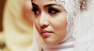 Почему мусульманкам нельзя выщипывать брови