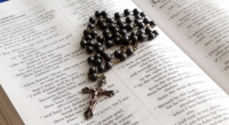 How many beads must have rosary