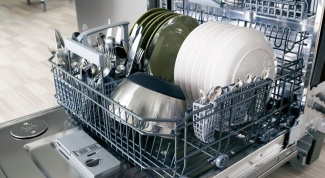 Do I need to use rinse aid in the dishwasher