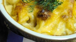 Гратен с цветной капустой и козьим сыром