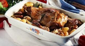 Как приготовить запеченное мясо ягненка с горчичной корочкой
