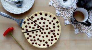 Как приготовить красивый чизкейк в горошек