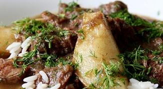 Как приготовить тушеную говядину с грушами