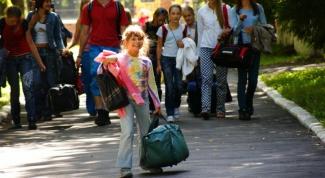 Как выбрать детские вещи для отдыха в лагере