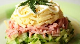 Как приготовить салат из ветчины с сыром
