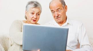 Как научить пожилого человека, пользоваться компьютером ?