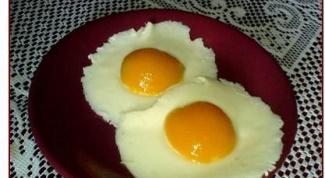 Как быстро приготовить омлет и глазунью в микроволновке