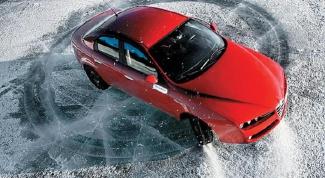 Если машину занесло зимой