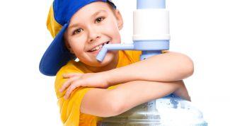 Как вредит организму холодная вода и питье?