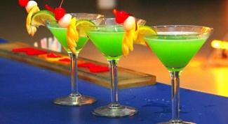 Как красиво украсить коктейль
