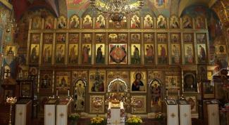 Как найти нужную икону в храме