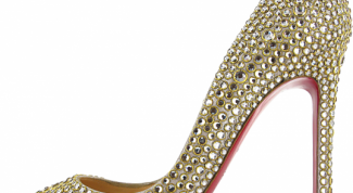 Shoes with rhinestones: what to wear