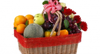 How to arrange a fruit basket
