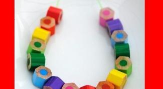 Украшения из цветных карандашей