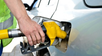 Сколько стоит бензин в Беларуси