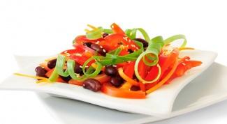 Как приготовить диетический салат с фасолью