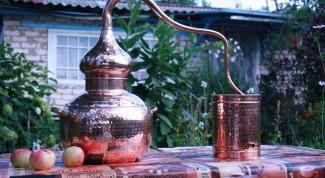 What is moonshine suchoparek