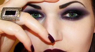 Правила готического макияжа