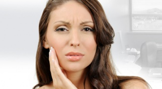 Язвочка во рту: чем лечить