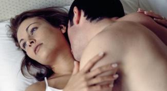 Почему женщины имитируют оргазм во время секса