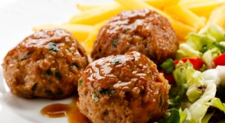 How to cook meatballs with rice and gravy