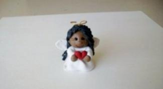 Подарок на Рождество своими руками: ангел из полимерной глины