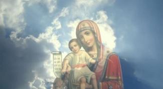 Кем является Богородица для православного человека