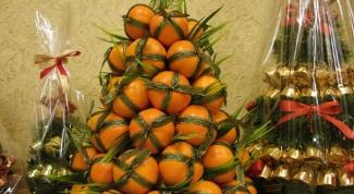 Как сделать елку из мандаринов