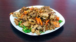 Свинина жаренная с кунжутом по-китайски