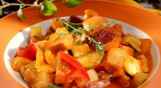 «Рататуй» с кабачками и картошкой