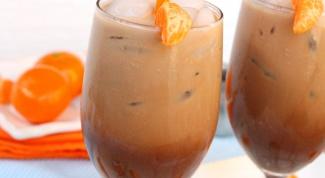 Кофейный напиток с мандарином