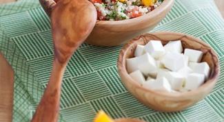Салат из пшена с помидорами и апельсинами