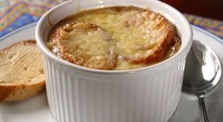 Как приготовить французский луковый суп