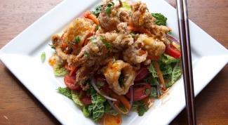 Итальянский салат с кальмарами и грейпфрутом